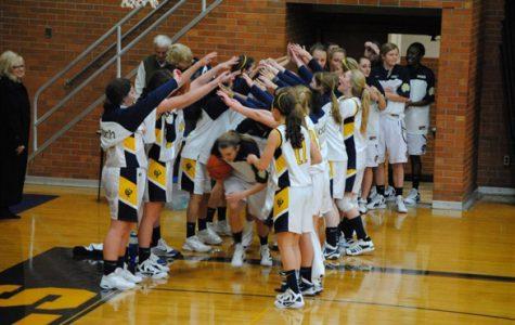 Team unity key to fast start for girls varsity basketball team