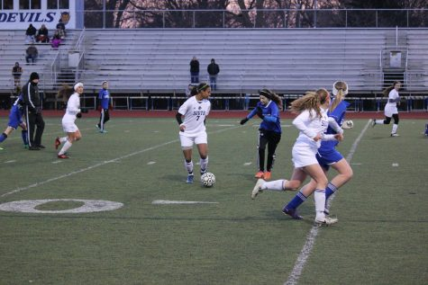 Girls soccer takes down crosstown rival North, 1-0