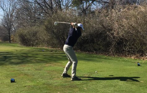 Boys golf victorious over crosstown rival, continuing successful season