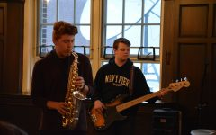 Class of 2018 Coffeehouse rocked South with live student talent