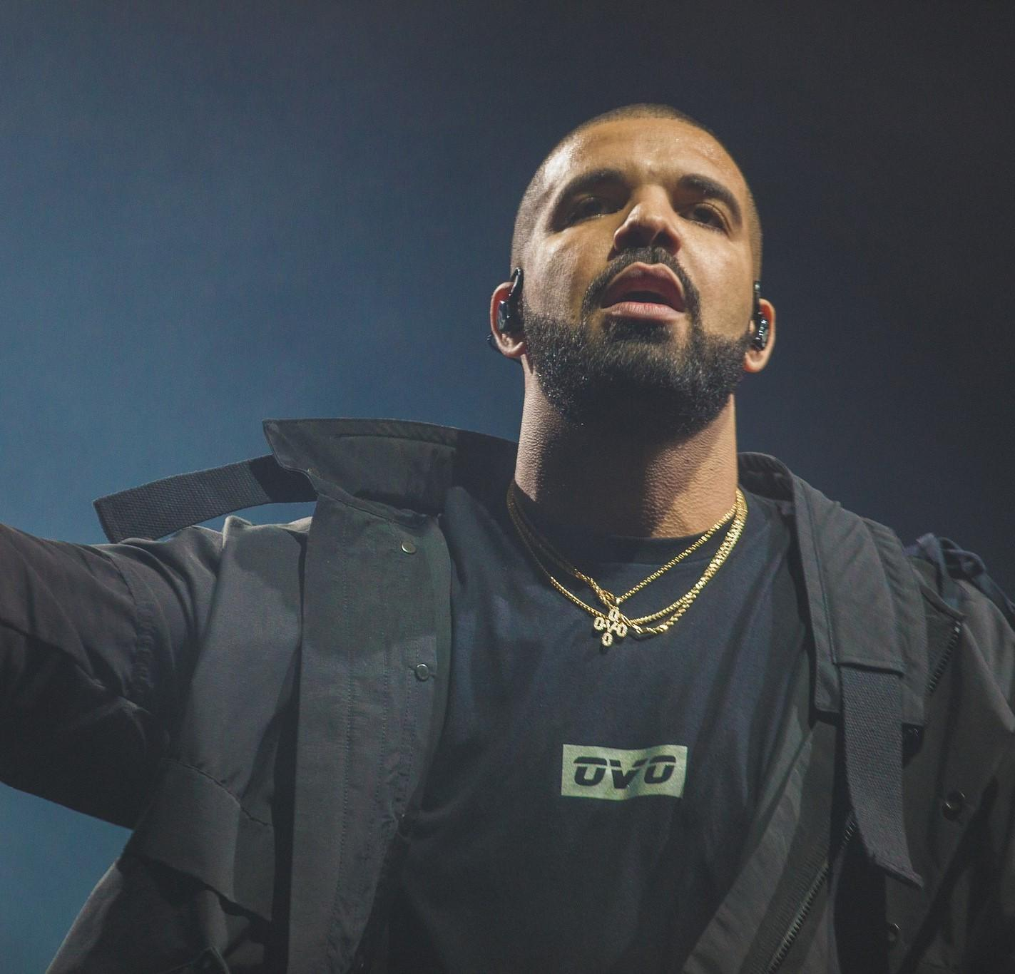 Drake performing during the 2016