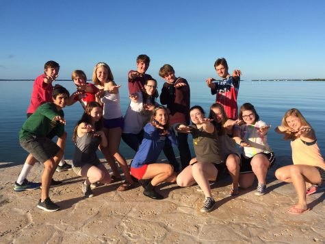 Students go to the Florida Keys and study marine biology