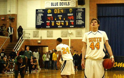 Varsity basketball fails to trump North once again