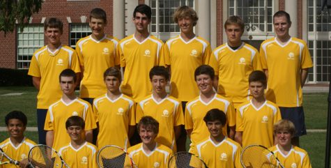 Men's Varsity Tennis team wins MAC Red, preparing for regionals