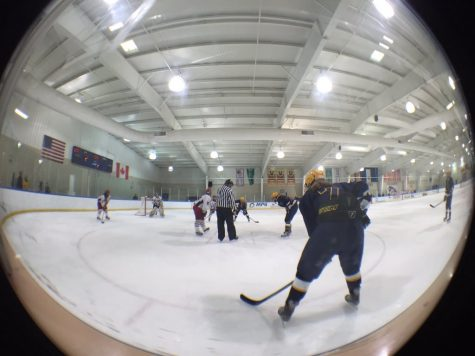 Girls hockey defeated by rival Liggett