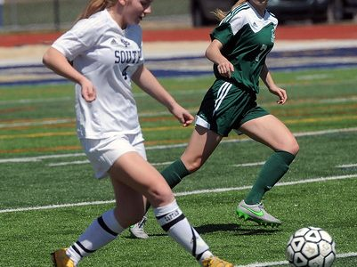 Sophomore reflects on season-ending soccer injury