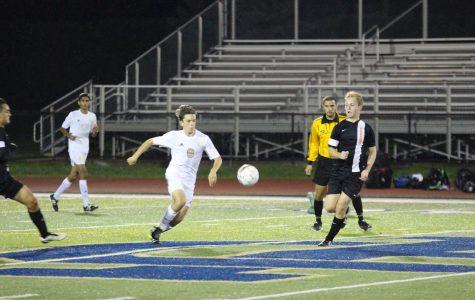 Boys soccer loses home thriller