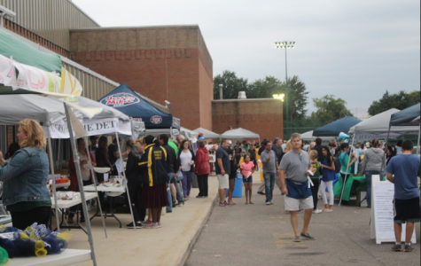 Tailgate before big game brings community together