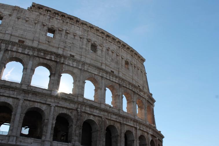 Italys+Colosseum.+Photo+by+Mia+Turco+19.
