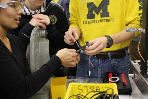 Robotics club gears up for first team competition in April