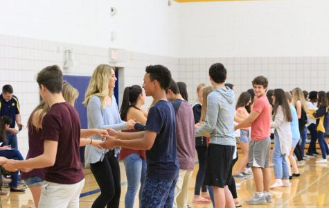 Salsa dancing offers students to engage in Spanish culture