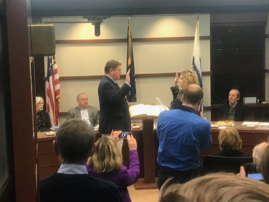 Christopher Boettcher was sworn in as mayor Nov. 13. Photo from Erica Fossee '19.