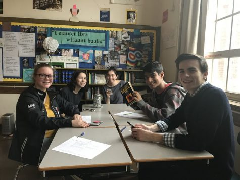 To read or not to read? South students create new Shakespeare club