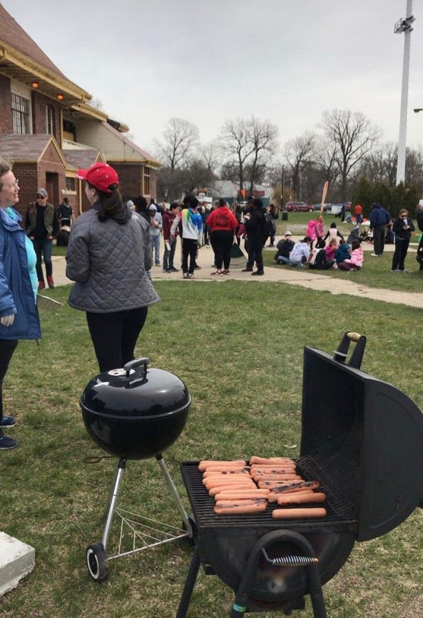 The Detroit and Grosse Pointe communities were brought together for the annual Belle Isle Clean Up