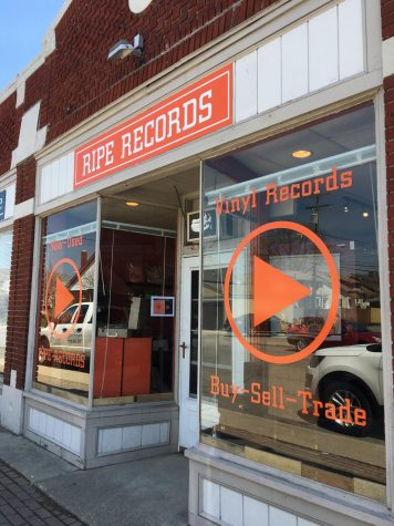 New record store allows music lovers to look back at the past