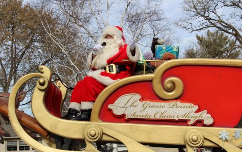 Santa comes early: Grosse Pointe Parade sneak peek