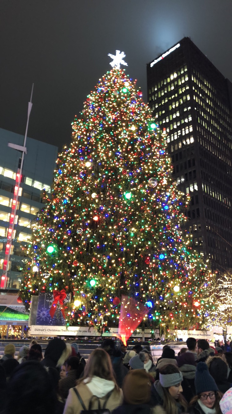 The Christmas tree and ice skating rink at Campus Martius in Detroit is a hot spot for many Grosse Pointers. Photo courtesy of Maura Shine '20.