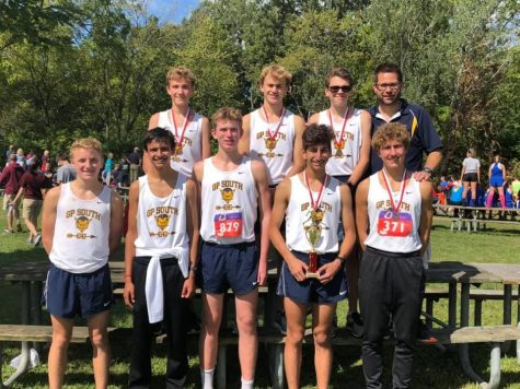 Boys' cross country team is running towards big goals this season