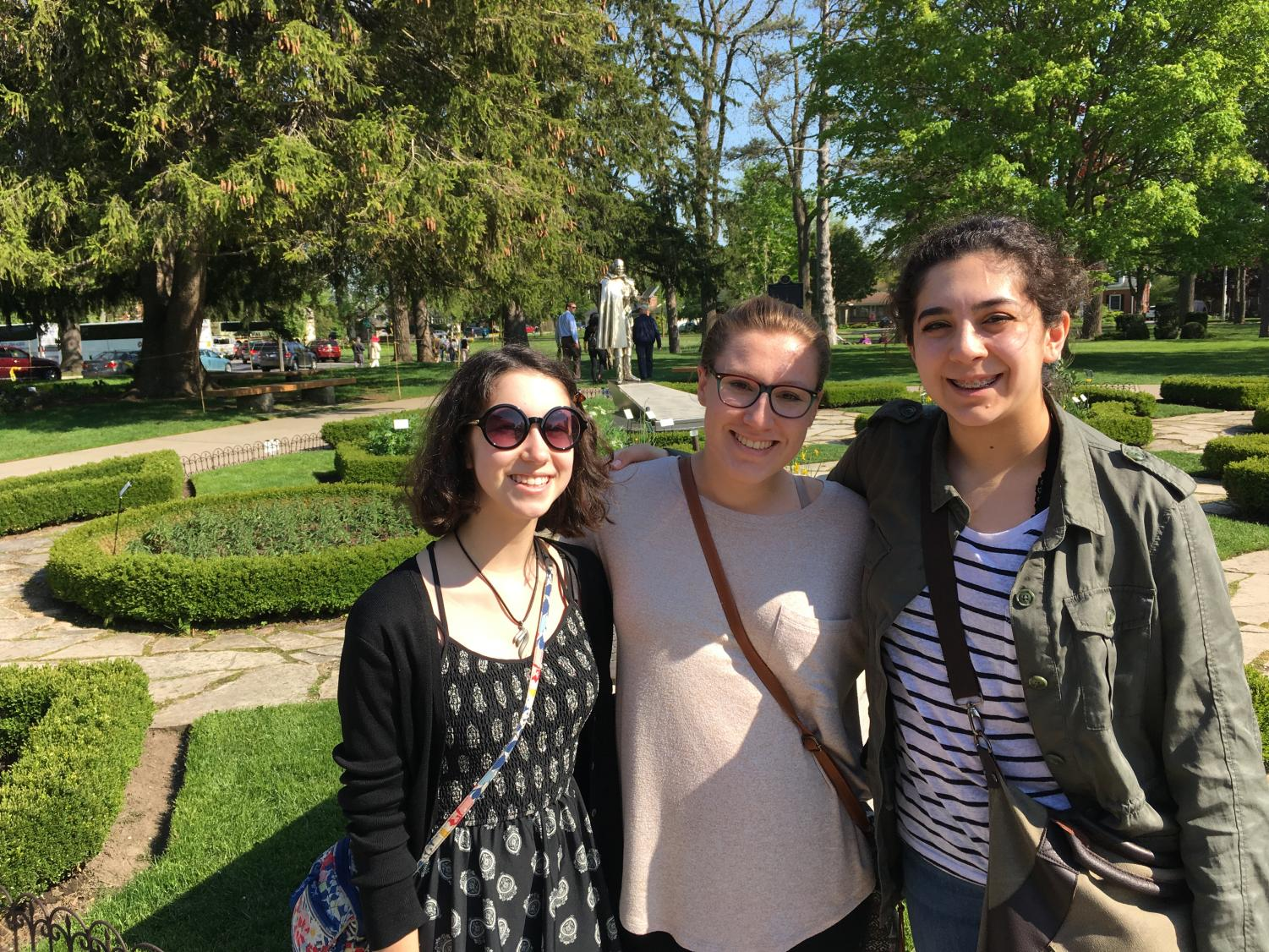 Natalie Boehmer, Anna Abundis, and Maddy Campbell, all '20, enjoy time in the park during last year's trip to Stratford.  Photo courtesy of Boehmer.