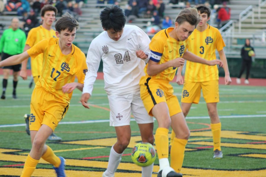 Both teams fought hard to keep the ball out of their ends and battled to get the win. South goalie, Bennett Smihal had an exceptional game by not letting in a single goal.