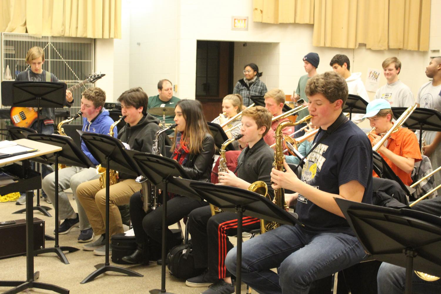 The jazz band practices before last year's concert. The concert features both South's and Pierce's bands. Photo by Charlotte Parent '21.