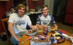 Michael Tengler '22 and Doug Tengler '21 making sandwiches for 313 Calling sandwich drive.